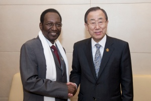 Secretary-General Ban Ki-moon meeting with H.E. Mr. Dioncounda TraorŽ (President ad interim, MALI). UN Photo/Eskinder Debebe