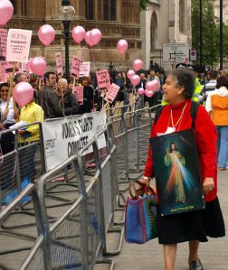 An exchange between Pro-choice demonstrators and a Christian woman in London