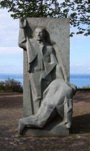 Henry Dunant memorial created by the sculptor Charlotte Germann-Jahn, Heiden (Canton of Appenzell Ausserrhoden, Switzerland). Source: Markus Bernet. Obtained from Wikimedia Commons. Used under the Creative Commons Attribution-Share Alike 2.5 Generic license.