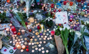 A street memorial in Paris following the November attacks. Source: Wikimedia. Licensed under the Creative Commons Attribution-Share Alike 2.0 Generic license.